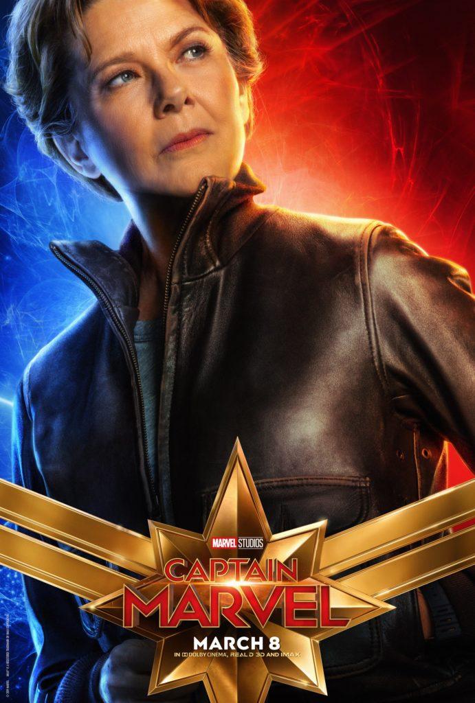 Персонажный постер Капитан Марвел