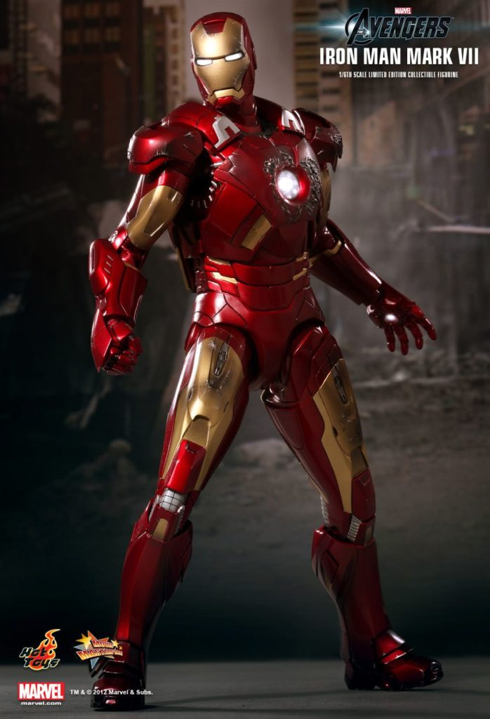 Iron Man Mark VII Armor © Hot Toys Limited