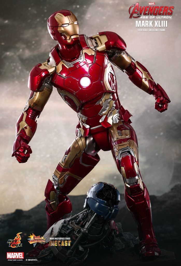 Iron Man Mark XLIII Armor © Hot Toys Limited