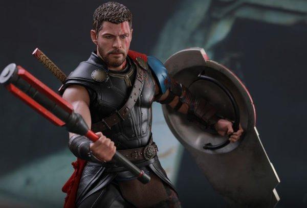 Гладиатор Тор Hot Toys